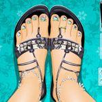 Beach Sandal Manicure